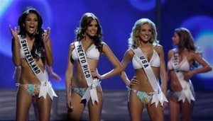 CORRECTION Bahamas Miss Universe