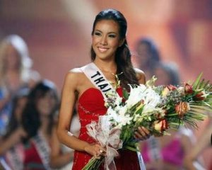 Miss Thailand, Chutima Durongdej, won Miss Photogenic.