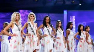 ENTERTAINMENT-US-MISSUNIVERSE