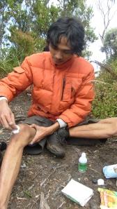 Bersih-bersih luka