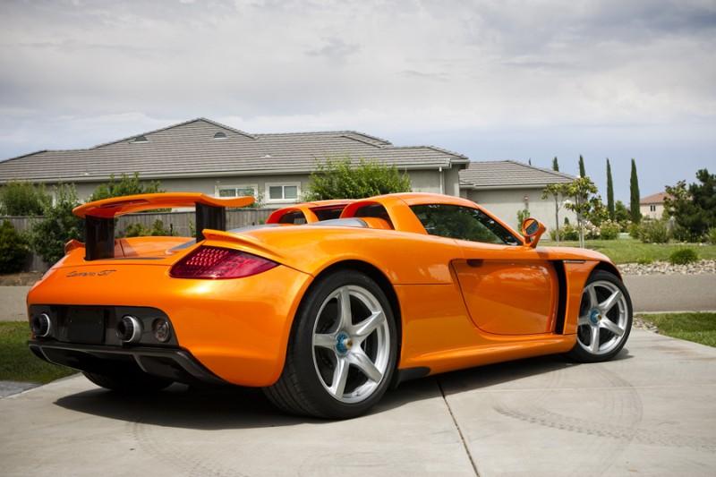 10. Porsche Carrera GT $440,000.
